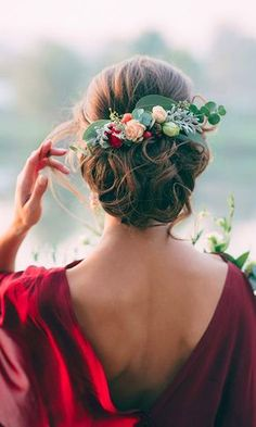 42 Wedding Hairstyles - Romantic Bridal Updos ❤ most romantic updos & hairstyles 20 ❤ See more: http://www.weddingforward.com/romantic-bridal-updos-wedding-hairstyles/ #weddingforward #wedding #bride #hairstyles #romanticbridalupdosweddinghairstyles