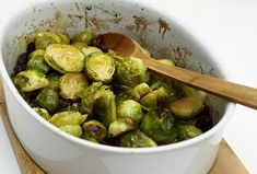 Brussel sprouts with raisins Raisin, Sprouts, Paleo, Food And Drink, Vegetables, Cooking, Recipes, Diets, Kochen
