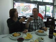 22.05.2014 First Afternoon spent in Lissabon, having a meaty sandwich with great red wine