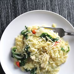 Orzo with Chicken and Spinach for a #WeedaySupper featuring PERDUE® Signature Chicken Stock