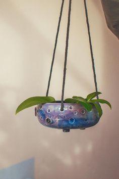 Small hanging planter pot, oddish planter indoor in galaxy colours, ceramic planter Ceramic Houses, Ceramic Planters, Planter Pots, Hanging Rope, Hanging Planters, Galaxy Colors, Rainbow Warrior, Polymer Clay Animals, Clay Sculptures