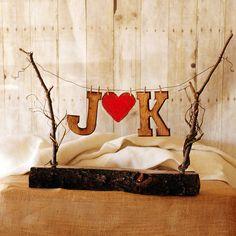 Rustique Wedding Party bannière personnalisé avec vos initiales et un coeur rustique toile de jute
