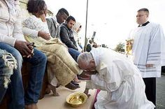 Pope Francis Washes Feet Of Refugees