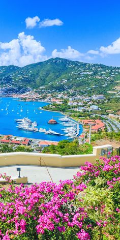 Cruises to Charlotte Amalie, St. Beautiful Places To Travel, Most Beautiful Beaches, World's Most Beautiful, Beautiful World, Beautiful Nature Wallpaper, Beautiful Landscapes, Dream Vacations, Vacation Spots, St Thomas Virgin Islands