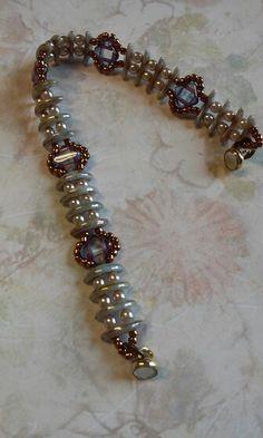Crescent silky bracelet