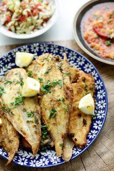 Gebakken sliptong | Kookmutsjes Dutch Recipes, Fish Recipes, Seafood Recipes, Cooking Recipes, Belgium Food, Ras El Hanout, How To Cook Fish, Fish And Seafood, Good Food