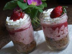 Rhubarb Cream Pie from www.MennoniteGirlsCanCook.ca