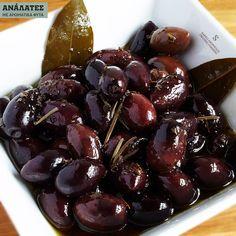 Black Coffin Nails, Kitchen Hacks, Olives, Olive Oil, Cooking Tips, Good Food, Food And Drink, Fruit, Recipes