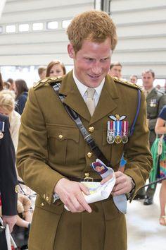 Prince Harry Photos - Prince Harry Visits The Royal Marines Tamar - Zimbio