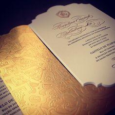 Gold scalloped invitation