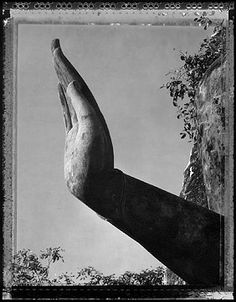 Sunrise in the Palm of Buddha, Siam 1999 - photo by Elaine Ling Sculpture Art, Sculptures, Talk To The Hand, Hudson River School, Sacred Architecture, Post Impressionism, Something Beautiful, Beautiful Things, Angkor
