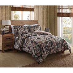 Shop for Remington Mount Monadnock Printed Camo Comforter Mini Set. Get free delivery On EVERYTHING* Overstock - Your Online Fashion Bedding Store! Get in rewards with Club O! King Size Comforters, Twin Comforter Sets, Queen Comforter Sets, King Comforter, Urban Loft, Bedroom Styles, Home, Personal Space, 3 Piece