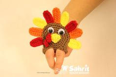 Turkey Applique or Finger Puppet - Free Pattern by Sahrit - this is adorable!!!