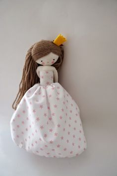princess doll with long, braidable hair and a beautiful pink and white skirt. I love the proportions on this doll.
