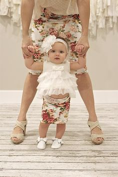 Mommy and Me Pencil Skirts - So cute for baby / toddler / little girl to dress just like mom with mother daughter fashions! Mother Daughter Fashion, Mom Daughter, Mommy And Me Outfits, Girl Outfits, Mommy And Me Dresses, Baby Girl Fashion, Kids Fashion, Mommy And Me Photo Shoot, Baby Girl Skirts