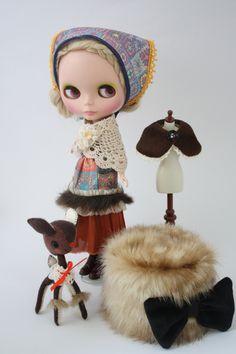 Blythe in babushka- i want her so badly!