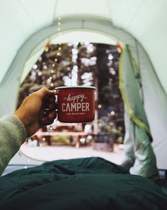 Happy Campers Make Your Next Camping Trip A Success With These Tips. During a camping trip, you typically do not have access to a kitchen, heating or air conditioning. Camping Signs, Camping 101, Camping Packing, Camping Games, Camping Outfits, Camping Checklist, Beach Camping, Camping With Kids, Family Camping