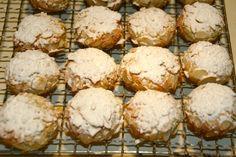 Mandorlini – italienisches Mandelgebäck   was gibts denn heute ? Italian Almond Biscuits, Oatmeal Biscuits, German Cookies, Oatmeal Recipes, International Recipes, Quick Easy Meals, Sweet Recipes, Cookie Recipes, Good Food