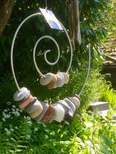 Stone Fire Life - Circle of life – pebbles, self-bent, rustproof stainless steel spiral, steel cord … - Pebble Stone, Stone Art, Pebble Art, Stone Crafts, Rock Crafts, Stone Decoration, Art Pierre, Rock Sculpture, Metal Garden Sculptures