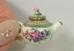 Miyuki Nagashima from Japan Good Sam Showcase of Miniatures