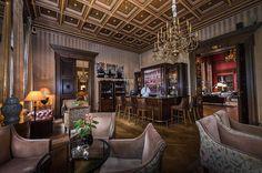 Das Schlosshotel Im Grunewald und Karl Lagerfeld http://wohnenmitklassikern.com/klassich-wohnen/das-schlosshotel-im-grunewald-und-karl-lagerfeld/