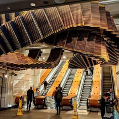 Artist Repurposes Historic Escalator To Create A Mind-Bending Installation That Feels Like A Dream — Steemit