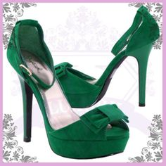 For the green Lanvin. Yes...expect a few more greens to be posted.