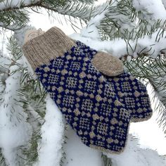 "Вязание. Жаккард - ""Зимняя радуга"" Mittens Pattern, Knit Mittens, Mitten Gloves, Knitted Hats, Hand Knitting, Knitting Patterns, Knitting Accessories, Knit Crochet, Diy And Crafts"