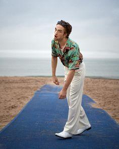 """Robert Pattinson photographed for Interview Magazine "" King Robert, Robert Douglas, Crush Crush, Beautiful Boys, Pretty Boys, Beautiful People, Robert Pattinson Twilight, Images Harry Potter, Boyfriends"
