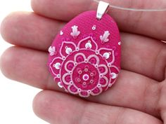 Pink Floral Pendant Necklace by MemecoShop on Etsy