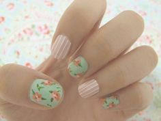 Vintage floral & pinstriped pastel nail art