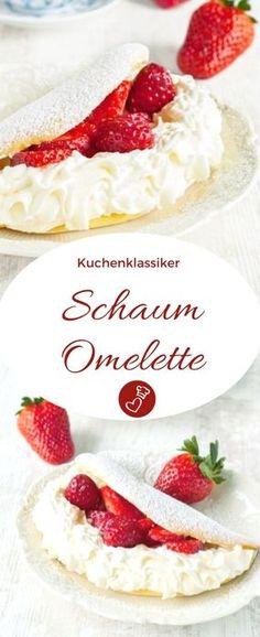 Kuchen Rezepte, Erdbeeren Rezepte: Rezept für ein Schaum-Omelette von herzelieb. Ein Kuchenklassiker, den es heute kaum noch gibt. Sehr einfach zuzubereiten. Mit Erdbeeren und Sahne. #kuchen #erdbeeren #sahne