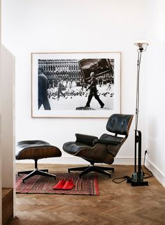 Keeping your reading space simple with the Eames Lounge Chair and Toio Floor Lamp http://www.nest.co.uk/search/vitra-eames-lounge-chair-ottoman http://www.nest.co.uk/product/flos-toio-floor-lamp Image via Desire to Inspire.