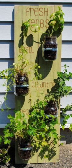 Vertical Herb Garden Made From Pallets  ---  #pallets