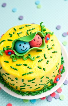 How to make two peas in a pod cake topper • CakeJournal.com