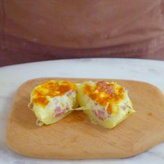 Confira a receita de Batata Recheada com Linguicinha Cremosa do Tastemade Healthy Breakfast Potatoes, Tasty, Yummy Food, Vegan Dinners, Easy Healthy Recipes, I Love Food, Food Videos, Food Porn, Brunch