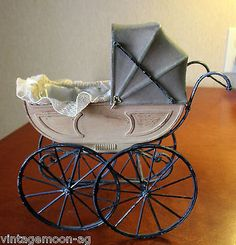 Vintage-Inspired-Dollhouse-Small-Metal-Toy-Doll-Baby-Buggy-Carriage-Stroller