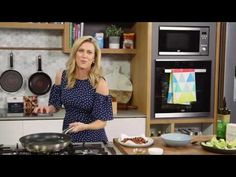 Bacon and Avocado Salad   Everyday Gourmet S7 E56 video - Everyday Gourmet with Justine Schofield
