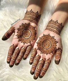Henna Hand Designs, Circle Mehndi Designs, Round Mehndi Design, Mehndi Designs 2018, Mehndi Designs For Girls, Mehndi Design Photos, Mehndi Designs For Fingers, Mehndi Designs For Hands, Henna Tattoo Designs
