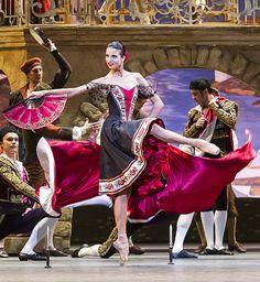 "<<Anna Tikhomirova (Street Dancer) in ""Don Quixote"" # Bolshoi Ballet #…"