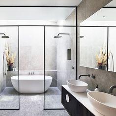 The Kado Lussi bath and basin from adds softness to this moody bathroom with their gentle rounded edges. Interior Exterior, Bathroom Interior Design, Modern Bathroom, Master Bathroom, Skylight In Bathroom, Colorful Bathroom, Glass Bathroom, Minimalist Bathroom, Bathroom Shelves