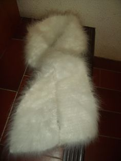 SUR COMMANDE, écharpe 100% angora : Echarpe, foulard, cravate par angauvergne-laine-angora