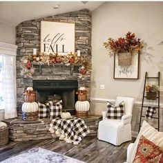 Inspiring Farmhouse Fall Decor Ideas - Home Design - lmolnar - Best Design and Decoration You Need Fall Home Decor, Interior, Farmhouse Decor, Autumn Home, Living Room Decor, Home Decor, College Dorm Room Decor, Farmhouse Fall Decor, Easy Diy Room Decor