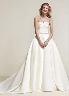 Alluring Satin Strapless Neckline 2 In 1 Wedding Dress With Belt & Pockets