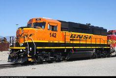 Bnsf Railway, Fontana California, Locomotive, Yard, America, Trains, Train, Patio, Courtyards
