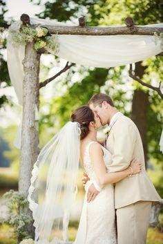 Southern wedding - ceremony arch