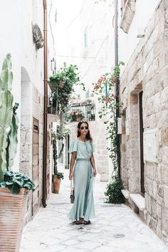 Street Style. Green Maxi Dress