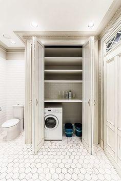 ☝Организация и экономия пространства ванной комнаты: упаковка стиральной машины в шкаф или за шторку. #дизайн #интерьер #стиль #ванная #сантехника #плитка ✔ http://santehnika-tut.ru