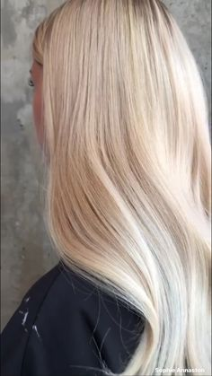 hair Natural meats not be able to stop by hair salons and Blonde Hair Care, Blonde Hair Shades, Light Blonde Hair, Golden Blonde Hair, Blonde Hair Looks, Blonde Hair With Highlights, Brown Blonde Hair, Platinum Blonde Hair, Cream Blonde Hair