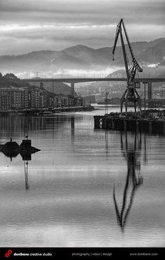 Paisajes de la ria de Bilbao por Donibane. Creative Studio, Basque Country, Costa, Industrial, Photography, Amor, Professional Photography, Antique Photos, Novels